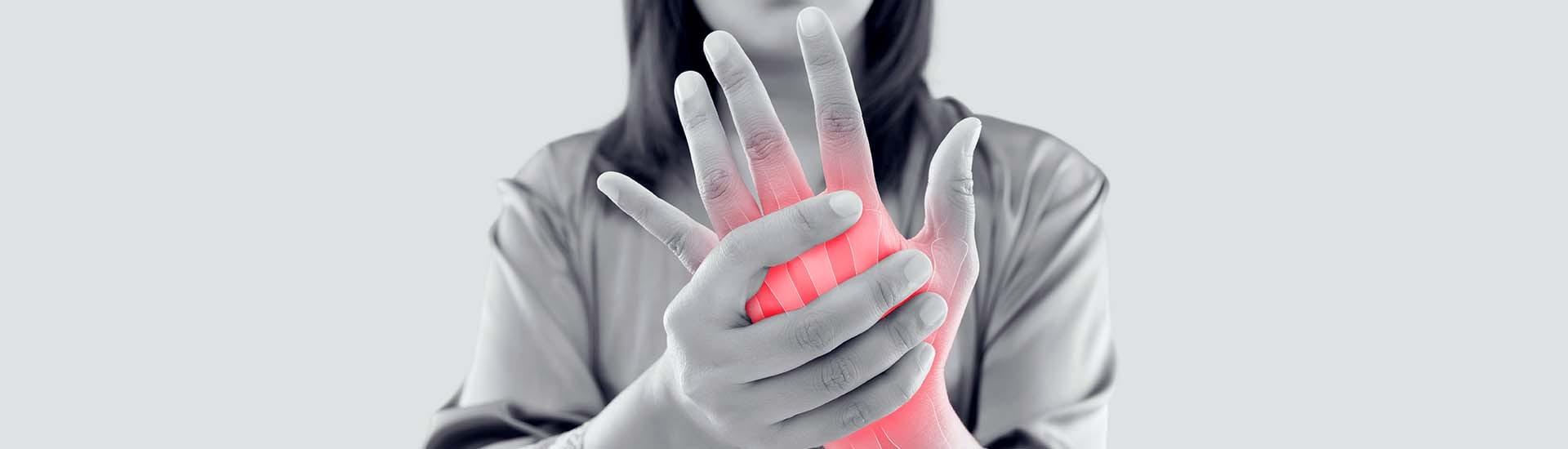 Spezialist für Handchirurgie finden | ATOS Kliniken
